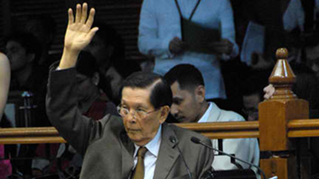 'DEFINE BEGINNING OF LIFE.' Senate President Juan Ponce Enrile wants the Senate to define when life begins. For Enrile, life begins in fertilization. He was outvoted though by his colleagues. Photo by Joe Arazas/Senate PRIB