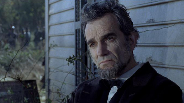 OUTSTANDING ACTING. Daniel Day Lewis as Abraham Lincoln has not been winning the Best Actor trophy in this year's awards season for nothing. Photo from the 'Lincoln' Facebook page