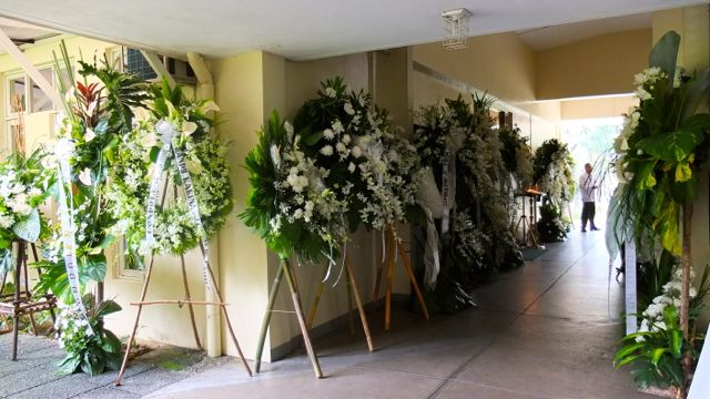 THE CORRIDOR LEADING TO the Ateneo chapel in Gonzaga Hall, venue of Marilou Diaz-Abaya's wake