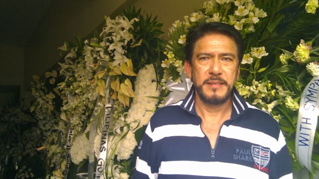 SEN. TITO SOTTO AT the wake of Marilou Diaz-Abaya