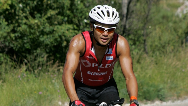 RISING UP. Martin Lorenzo raced a triathlon ten months after getting shot. Photo by Martin Lorenzo.