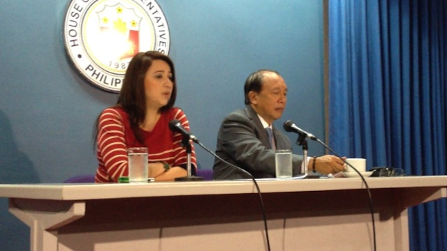 ADVICE. Zambales Rep Mitos Magsaysay and Minority Leader Danilo Suarez hold the minority bloc's weekly press conference.
