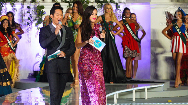 Hosts Marc Nelson and Sandra Seifert