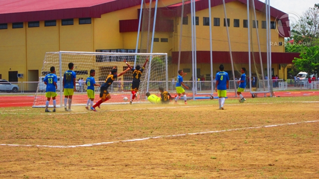CELEBRATION. NCR celebrates after scoring a goal in the secondary boys Palarong Pambansa 2012 football finals. Isabel Rodriguez.