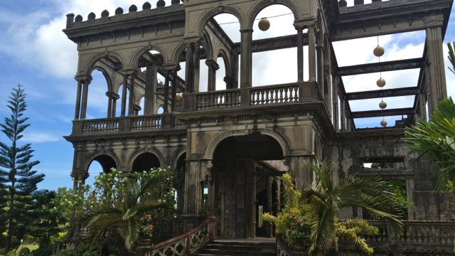 THE RUINS IN TALISAY City is still an enchanting sight
