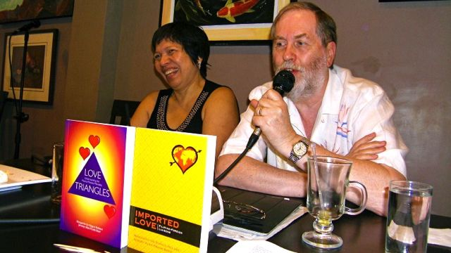 DR. HOLMES AND MR. BAER with their latest books 'Love Triangles' and 'Imported Love.' Photo by Ime Morales