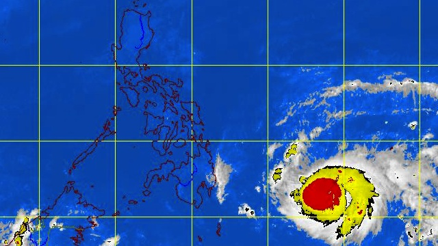 'PABLO' MOVING FASTER. Satellite picture of the typhoon at 10.32 pm. Image courtesy of PAGASA