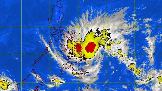 'QUINTA' THREATENING VISAYAS, MINDANAO. Satellite image at 10.30 am courtesy of PAGASA