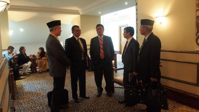 SUPPORT. Deputy Speaker Pangalian Balindong joins the 39th round of GPH-MILF talks as an observer. Photo by OPAPP