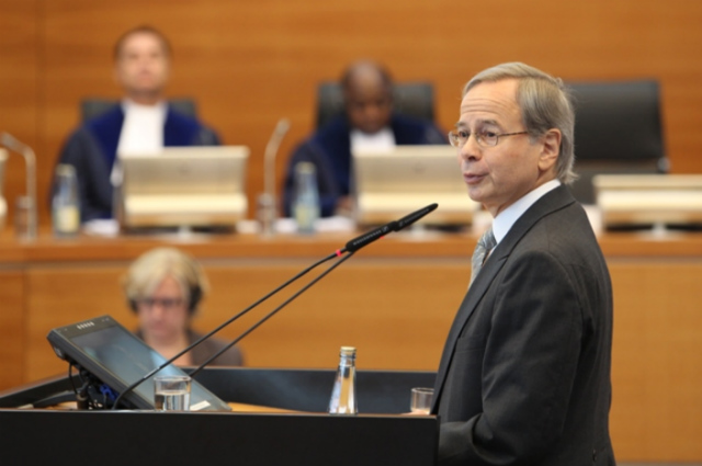 TOPNOTCH LAWYER. The Philippines' lead counsel against China, Paul Reichler, has defended sovereign states for over 25 years. File photo from ITLOS