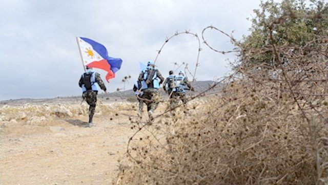 KEEPING THE PEACE. More than 300 Filipino soldiers are part of a 1,000 person UN peace-keeping force in the conflict-rife Golan Heights. Photo by Frank Sayson.