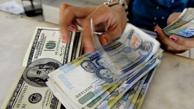 DEBTS. Each Filipino's debt increased 9.8% in 2012. Photo by AFP