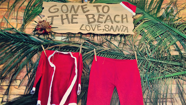 A note from Santa at the entrance to the Beach and Country Club