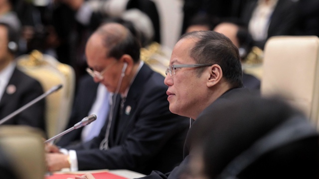 PNOY LASHES OUT. President Benigno Aquino III attends the 16 ASEAN-China Summit in Phnom Penh, Cambodia alongside Myanmar President Thein Sein (L). Photo by Gil Nartea / Malacañang Photo Bureau