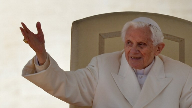 FINAL SPEECH. Pope Benedict XVI holds a general audience one last time on February 27, the day before he resigns. Photo from AFP