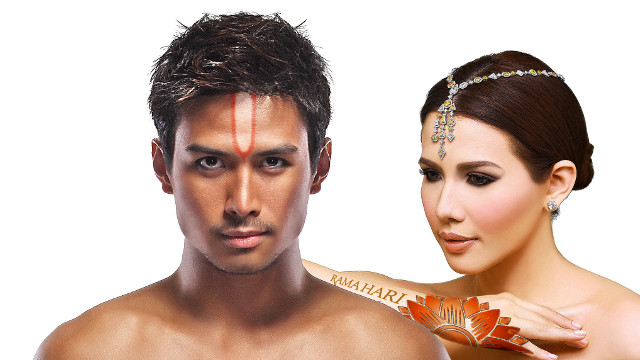 STAYING TRUE TO DHARMA. Christian Bautista (Rama) and Karylle Tatlonghari (Sita) were among the stars of Ballet Philippines' 'Rama Hari.' Image from the Ballet Philippines Facebook page