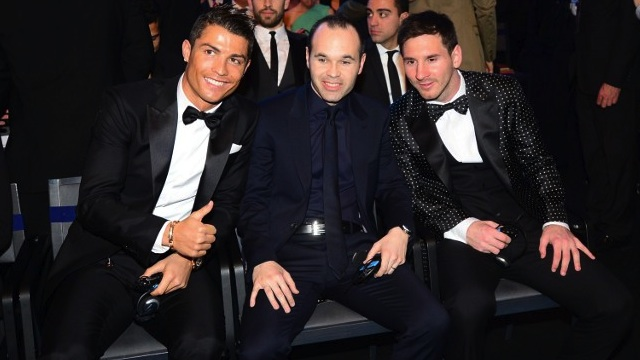 WORLD'S BEST. Ballon d'Or finalists (L-R) Real Madrid's Portuguese forward Cristiano Ronaldo, Barcelona's Spanish midfielder Andres Iniesta and Barcelona's Argentinian forward Lionel Messi pose prior to the start of the FIFA Ballon d'Or awards ceremony at the Kongresshaus in Zurich on January 7, 2013. AFP PHOTO / OLIVIER MORIN