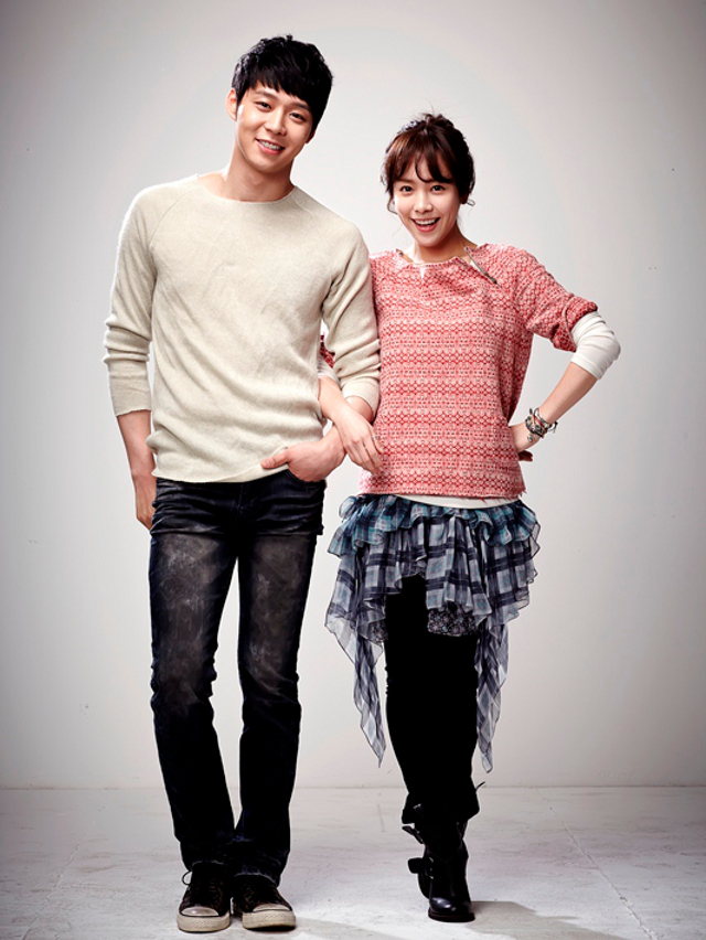 BACK FOR MORE. Park Yoo Chun (left) is set to captivate hearts once again in 'Rooftop Prince'