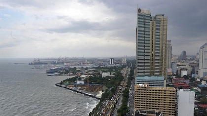 ROXAS BOULEVARD. Aerial view of Manila Bay. AFP photo