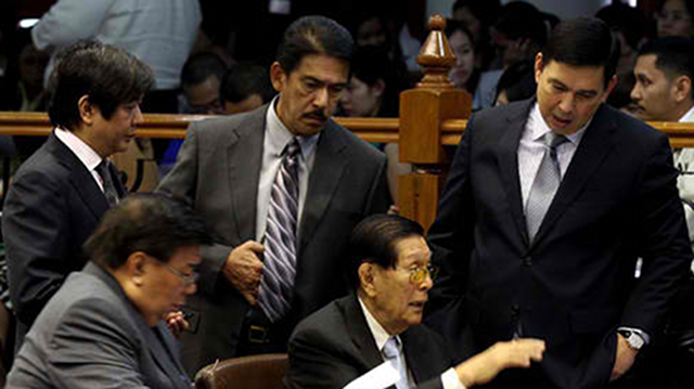 APPROVED. The Senate passes on November 20 the sin tax reform bill, marking the first time in 15 years that the measure made it out of committee level. Photo by Alex Nuevaespana, Senate PRIB