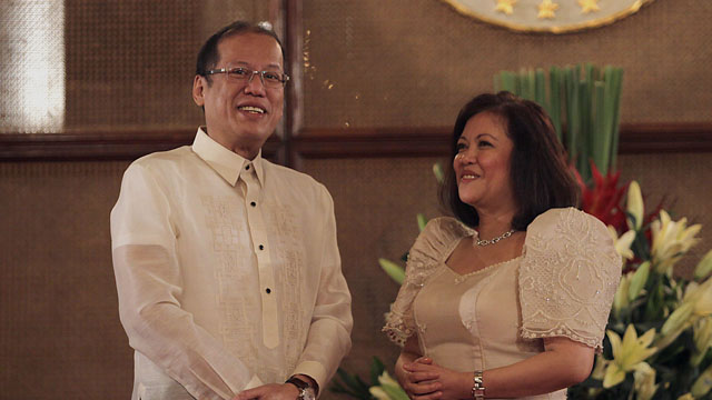 I AM NO ACTIVIST, says CJ Maria Lourdes Sereno Photo of her appointment ceremony with President Benigno Aquino III by Malacañang Photo Bureau
