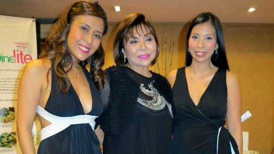 RACHEL ALEJANDRO, MOM MYRNA Demauro and sister, chef Barni Alejandro-Rennebeck, happy and glowing at their event. All photos by Girlie Rodis