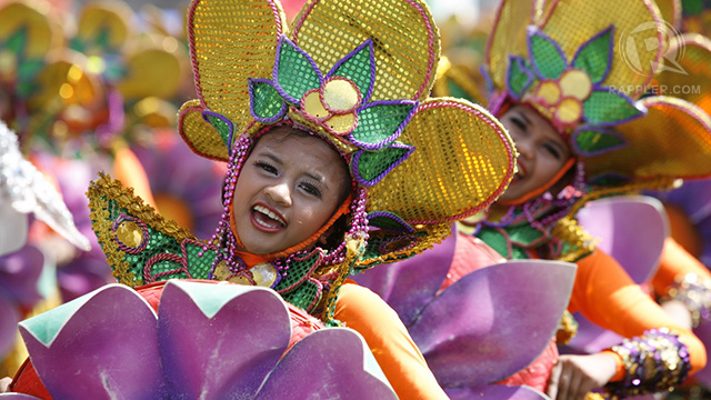 PIT SENYOR! Colors and smiles filled the #Sinulog2013 Grand Parade, regarded as the 'Philippine Mardi Gras.' All photos by Charlie Saceda