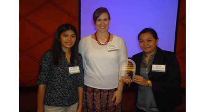 THIRD TIME. SWS delegates to the 2013 GWP convention receives the third Gallup award for SWS presented by GWP Regional Consultant for Asia, Nicole Naurath (center in photo). Photo by Joan Llegardo-Gruta