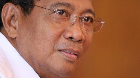 BEYOND 2013. Vice President Jejomar Binay eyes the midterm polls as a testing ground for his presidential ambition. Photo from Binay's Facebook page