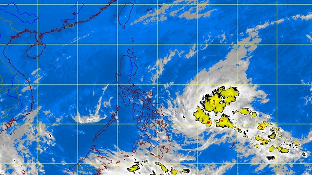 APPROACHING MINDANAO. A low pressure area threatens residents in areas affected by 'Pablo.' PAGASA satellite image as of 4:30 pm