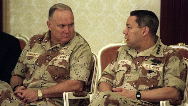 WAR HERO. This August 2, 1990 file photo shows US Army General Norman Schwarzkopf (L), Commander of the US Forces in Saudi Arabia, talking with US General Colin Powell (R), Chairman of the Joint Chiefs of Staff, in Dahran, Saudi Arabia. AFP PHOTO /Files / BOB SULLIVAN
