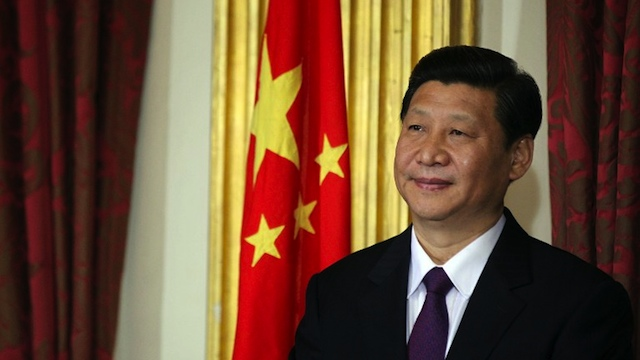CHINA'S NEW LEADER. Chinese soon-to-be-President Xi Jinping smiles after signing multiple trade deals in the State Room in Dublin Castle Dublin, Ireland on February 19, 2012. AFP PHOTO/ PETER MUHLY