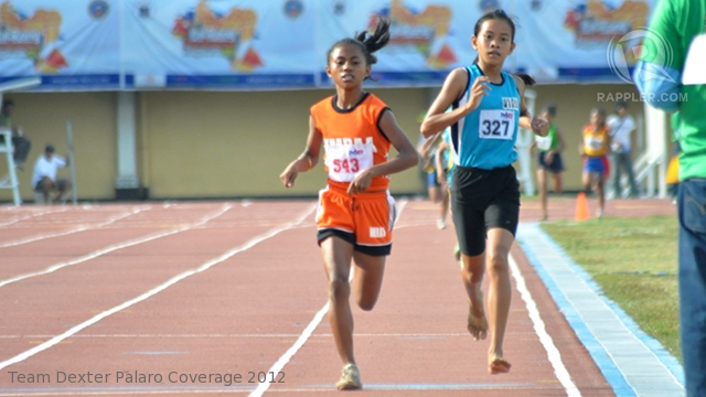 NO SHOES. Angelica De Josef of WVRAA competes barefoot at the Palarong Pambansa 2012. Team Dexter Palaro Coverage 2012.