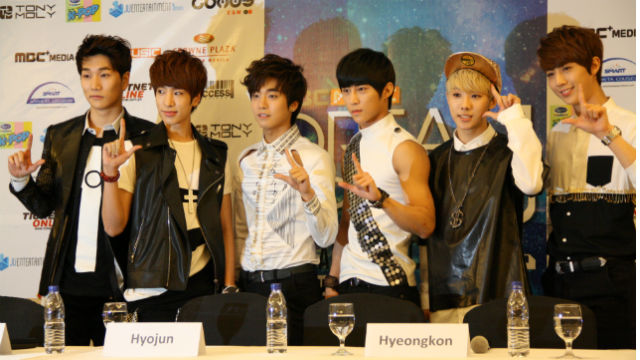 K-Pop groups in town to play for Pinoy fans