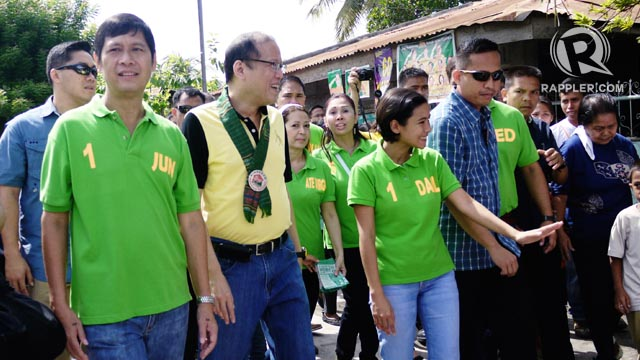 YELLOW. President Aquino attempts to give Team PNoy local candidates like mayoral candidate Darlene Antonino-Custodio a boost in General Santos City. Photo by Ronald Velasquez