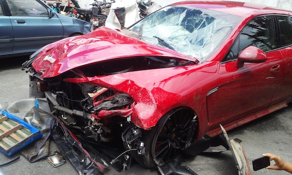 Belgian S Porsche Kills Two In Subic Accident