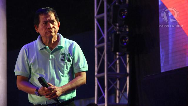 Preacher Eddie Villanueva on stage. Photo by Raymund Amonoy