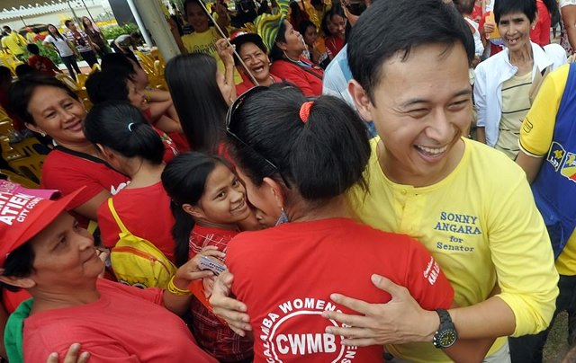 Photo from Sonny Angara Facebook page