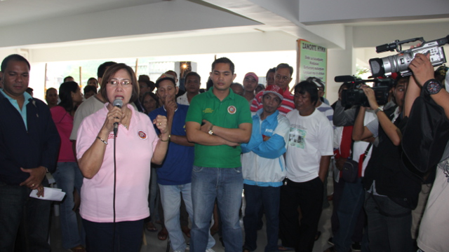 Mayor Patri Chan and supporters. Photo by Gualberto Laput