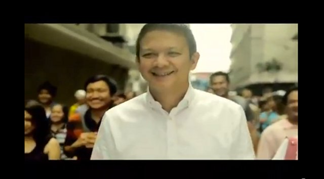 "CHIZ FOR CHANGE. Chiz Escudero emphasizes need for change in campaign video. Screenshot from Escudero's video ""Ang Pagbabago."""