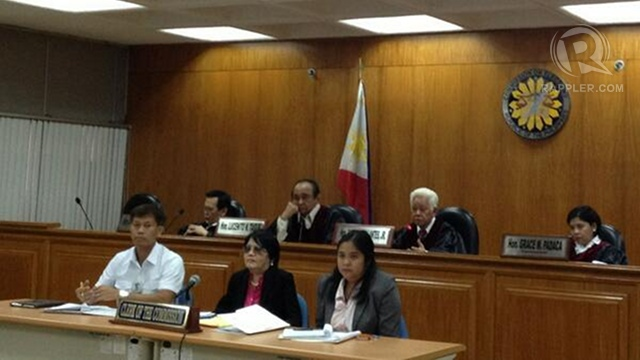 'DIVULGE FUNDERS.' Comelec decides to order survey firms to divulge their funders. File photo by Paterno Esmaquel II