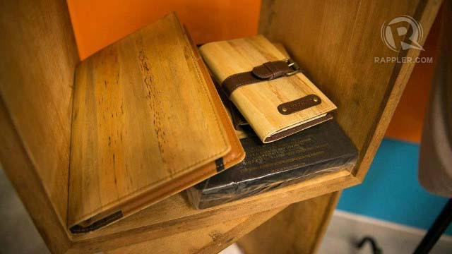 ECO-FRIENDLY NOTES. Jacinto & Lirio notebooks are made of water hyacinth