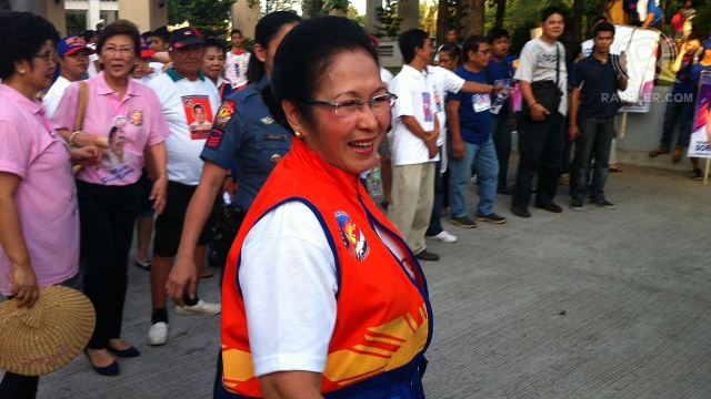 "'THEY'RE BROTHERS.' San Juan City Mayor Guia Gomez says her son Rep JV Ejercito and his brother Sen Jinggoy Estrada will reconcile because ""blood runs thicker than water."" Photo by Rappler/Ayee Macaraig"