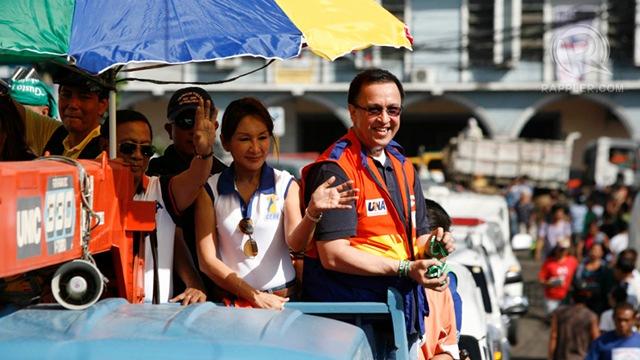 """'BAD POLITICS.' Binay calls suspended Cebu Governor Gwen Garcia a victim of """"bad politics."""" Garcia campaigns with UNA candidate Rep Jack Enrile in Cebu. Photo by Charlie Saceda"""