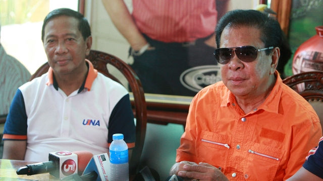 DELIVERING VOTES. Vice President Jejomar Binay says Estrada's ally-turned-rival-turned-ally again Ilocos Sur Gov Chavit Singson will help deliver votes for UNA. Photo from OVP Media
