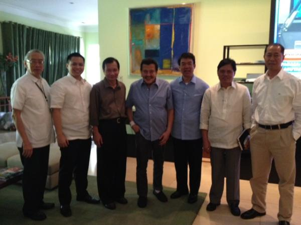 BOLTING UNA. Senator Koko Pimentel announces he is leaving UNA after a meeting with one of the party's executives, former President Joseph Estrada. Photo from Pimentel's Twitter account