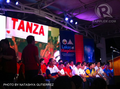 CAVITE SUPPORTERS. Lakas-Magdalo candidates for the 2013 local elections fill the stage in Kawit, Cavite. September 25, 2012.