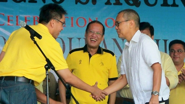 """SWING VOTE. The LP signs a coalition agreement with Cebu's local Bakud Party of Danao City Vice Mayor Ramon """"Nito"""" Durano III, a partnership that boosts the candidacy of LP gubernatorial bet Junjun Davide. File photo from LP website"""