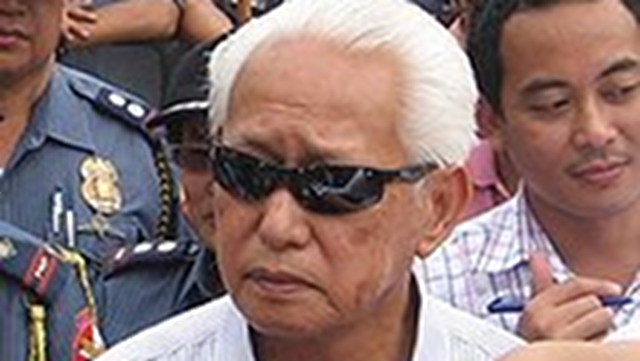 WEIGHING CAREFULLY. Manila Mayor Alfredo Lim says he is still choosing his running mate for 2013. File photo