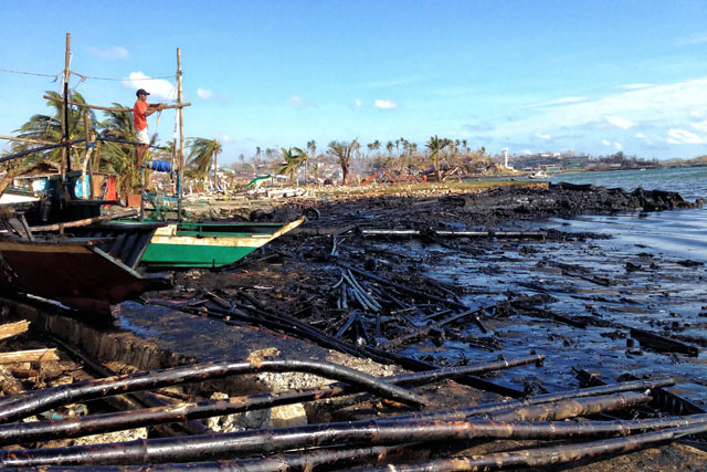 DOH: Air pollution in Iloilo oil spill site at critical level